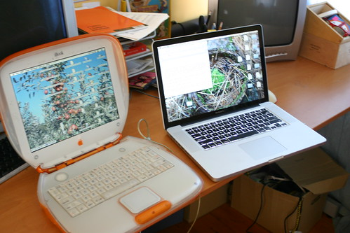 2 Macs