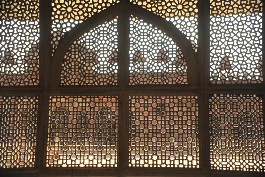The walls around Khwaja Sheikh Salim Chisthi's tomb is made of engraved sheer stonegrills