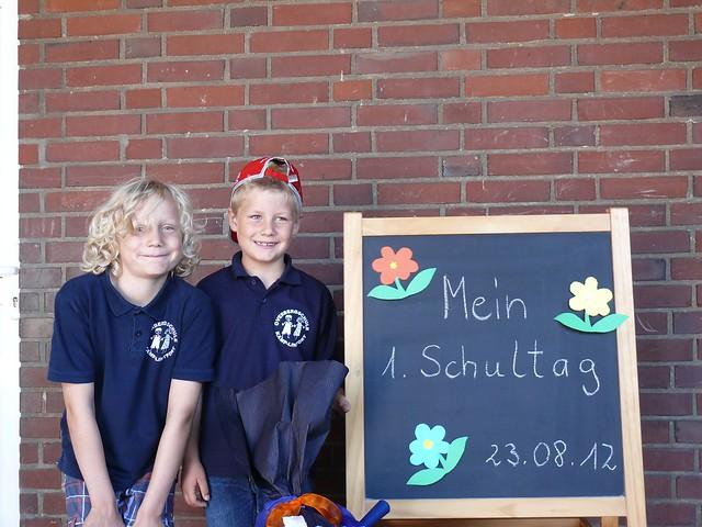 Mein erster Schultag / My first day of school