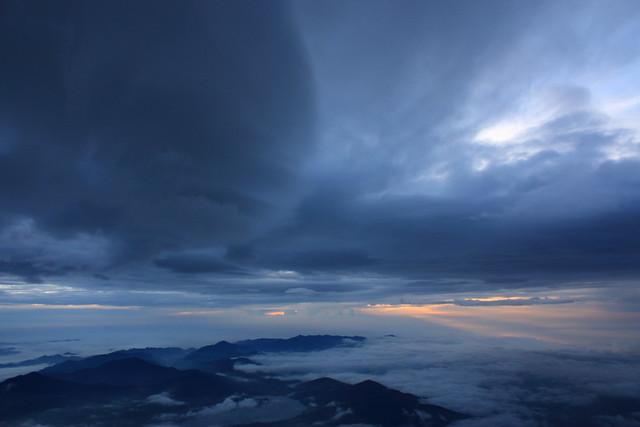 Sunrise from Mount Fuji (6/6)