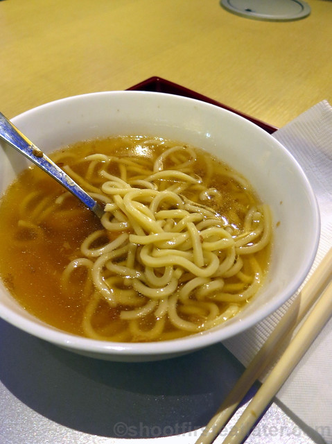 China Airlines Lounge in Taipei airport- dynasty noodle bar-004