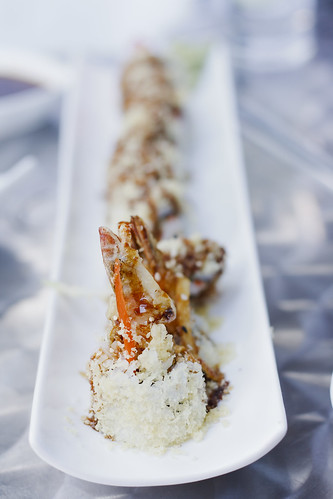 Crunchy Shrimp Maki Roll