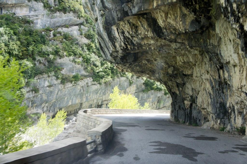 To Moustiers-Sainte-Marie 20120509-DSC02829