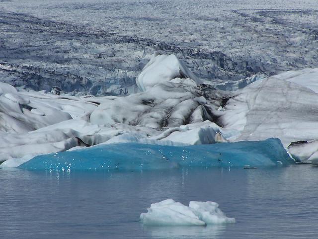 New iceberg in Jökulsárlón (Foto de companysviatge)