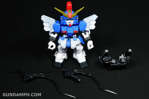 SDGO Sandrock Custom Unboxing & Review - SD Gundam Online Capsule Fighter (9)