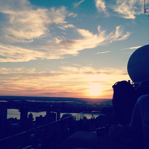 Sunset at Rockefeller center