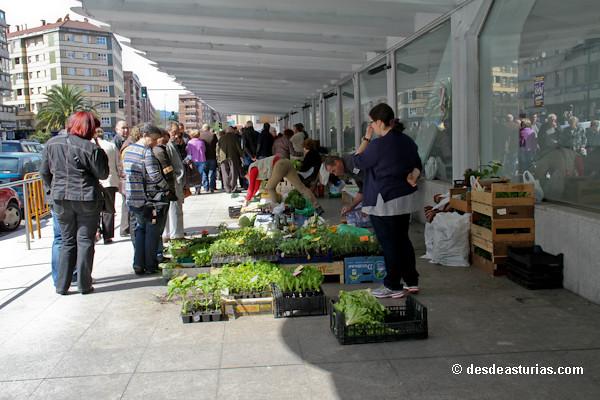 Mercadillos semanales Asturias mercados de artesana