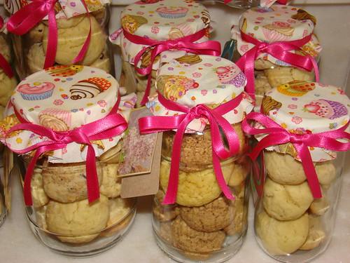 Frascos com biscoitos