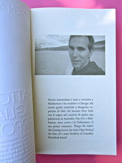 Steven Amsterdam, Ritratto di famiglia con superpoteri, ISBN 2012. Grafica: Alice Beniero. Pagina dell'occhiello (part.), 1