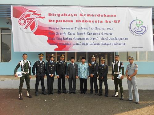 Foto Bersama Ketua Sekolah Tinggi Perikanan. by Fadli Muhamad Akbar Sa'un