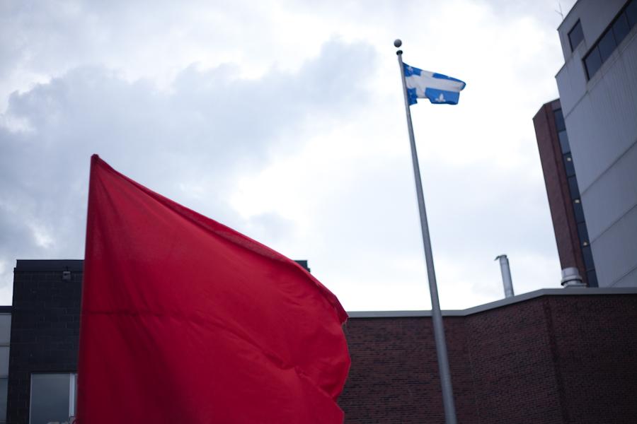 Assemblée générale de reconduction de la grève au Cégep du Vieux-Montréal [photos Thien V]
