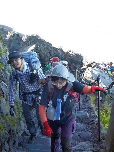 富士山登山(援人やま部) Mt.Fuji Trekking 2012