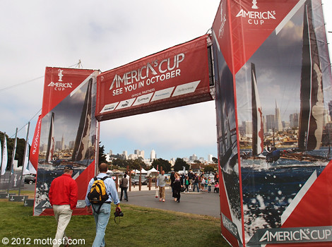 082412americascup1