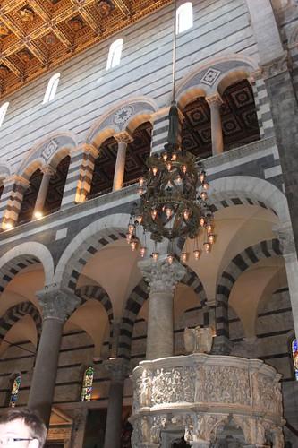 20120807_4958_Pisa-duomo-interior