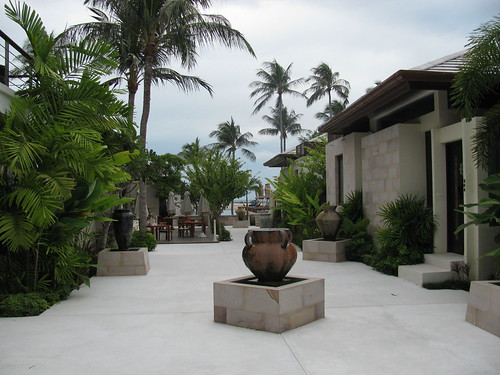 Elements Boutique Resort & Spa Courtyard by holidaypointau