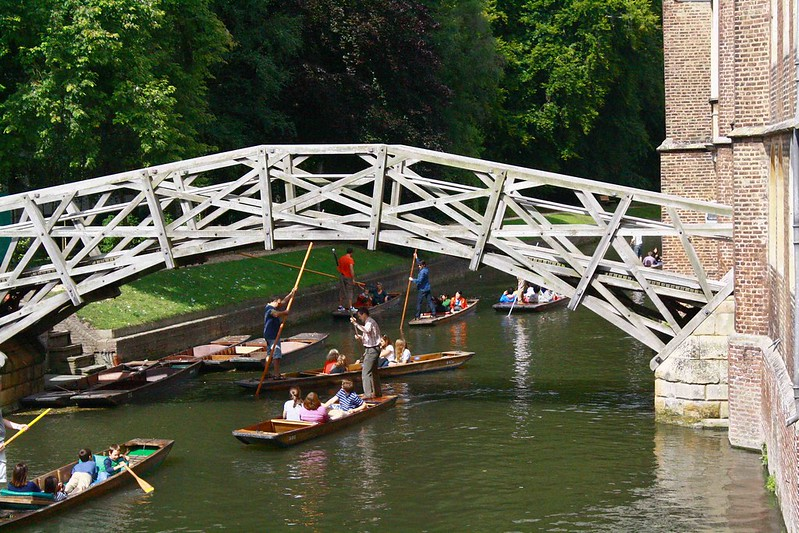 Mathematical bridge Punts, Cambridge