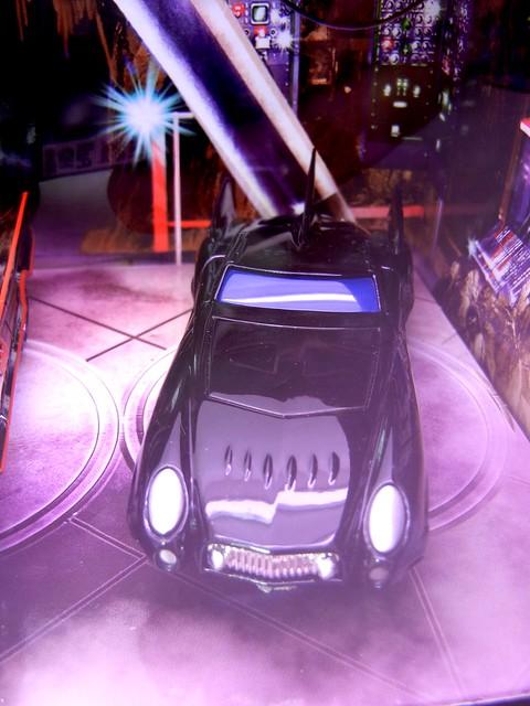 hot wheels batmobile set #2 tru (4)