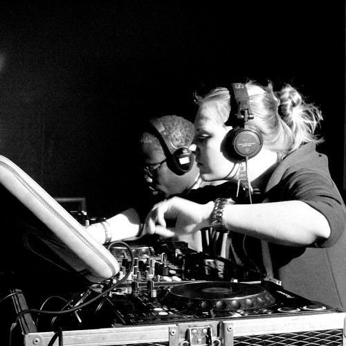 Silent DJs