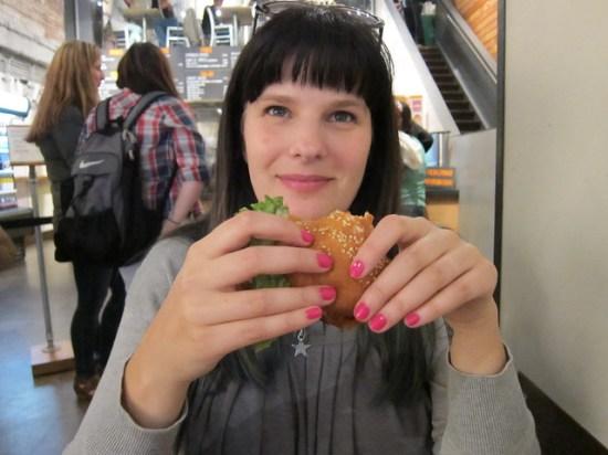 Me + Burger