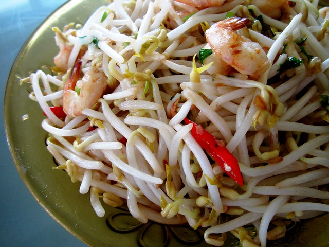 STP's fried bean sprouts 1