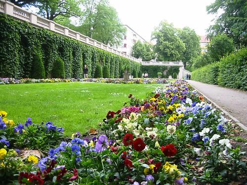 Berlin-Neukölln_Körnerpark_Blumengarten