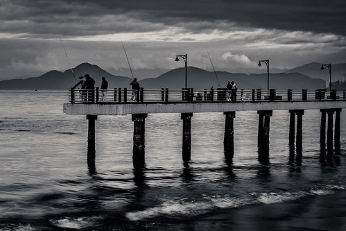 Pier by Luiz L.
