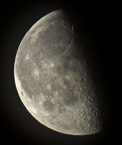 Moon 9 August 2012