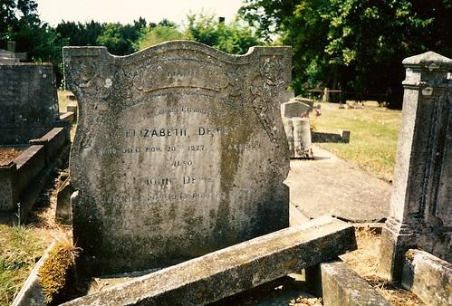 John Freeman Dewey and Eliabeth (née Boulter) grave in 1990s