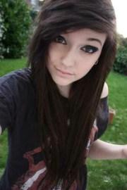 brown-hair-girl-piercing-pretty-favim