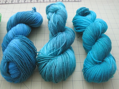 Skeins 2 (left), 4 (middle), 5 (right) side-by-side blues comparison