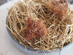 Veal fibres and seaweed