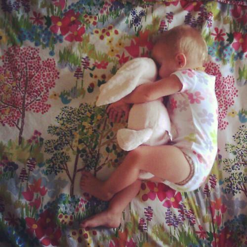 Sister siesta(ing) on Sunday.