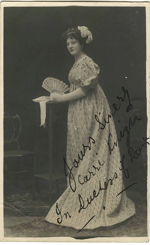 Photographic postcard of Carrie Knight