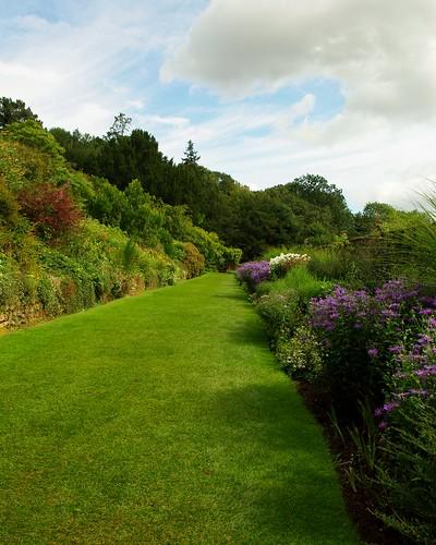 20120831-12_Upton House Gardens - Flower Border Terrace by gary.hadden
