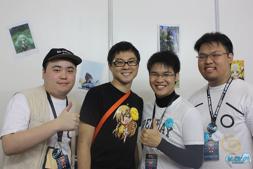 Danny Choo (black shirt) with Nendonesia admins