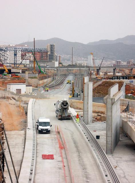 Salida del tunel Sants-La Sagrera_Instalación vías - 01-09-12