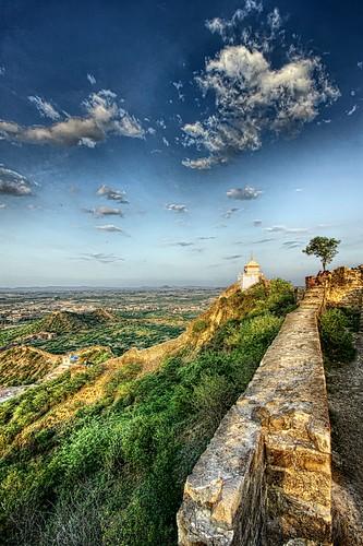 View from the top of Bhujiyo Hill, Bhujiyo Fort, Bhuj,Kutch, Gujarat by Jayesh Bheda