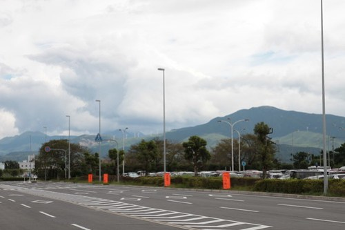 aso kumamoto airport & JAL737