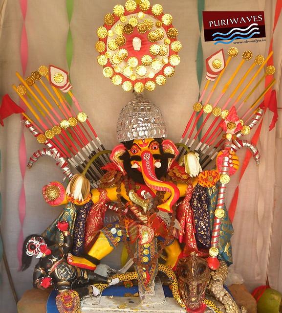 Lord Ganesha as an warrior Costumes ( Naga)