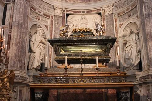 20120807_4953_Pisa-duomo-interior