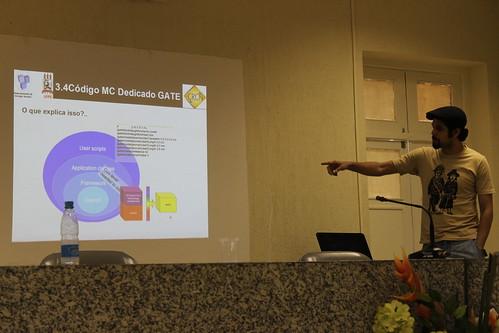 Igor Fagner apresentando seu projeto