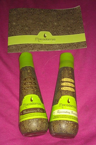 Macademia Natural Oil Shampoo and Conditioner