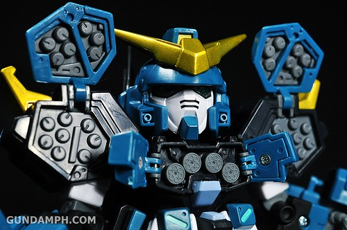 SDGO Capsule Fighter Heavy Arms Custom Toy Figure Unboxing Review (38)