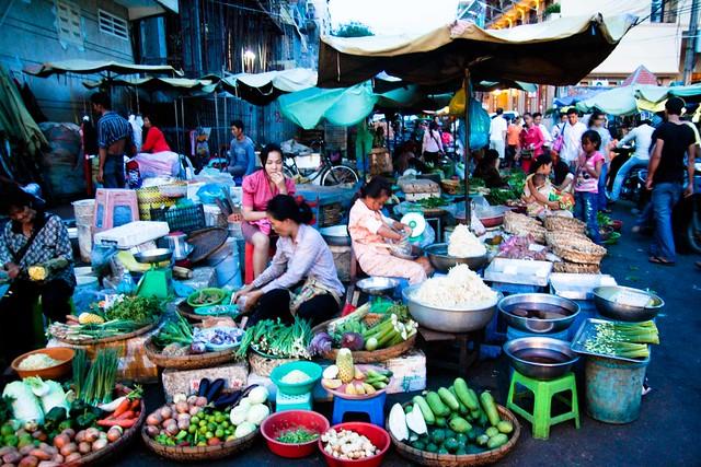 night market, phnom penh