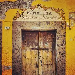 Serie Puertas. #8/10 #Puertas #Puerta #Artesania #Carpinteria #CarpinteriaArtesanal #Tipica #Madera #ArtDeco #Arte #SanMigueldeAllende #Mexico #MisVacaciones #Pueblosmágicos