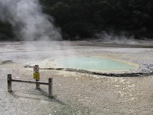 Wai-O-Tapu Geothermal Wonderland, Rotorua by holidaypointau