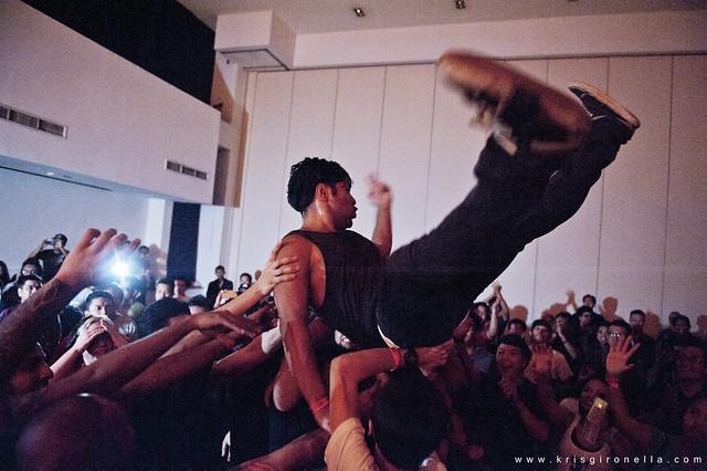 MxPx Crowd - Catch my @$$!!!
