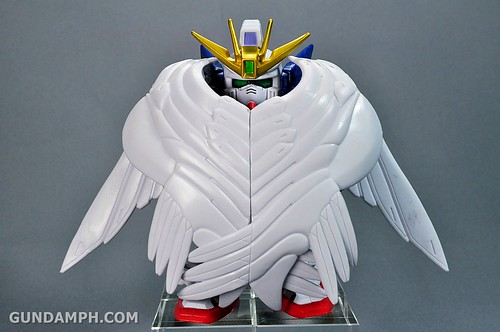 SDGO Wing Gundam Zero Endless Waltz Toy Figure Unboxing Review (25)