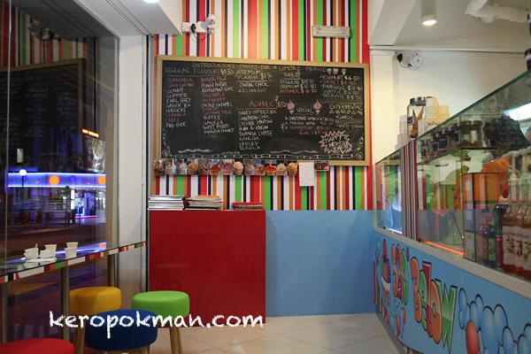 320 Below Nitro Cream Cafe @ Mackenzie Road