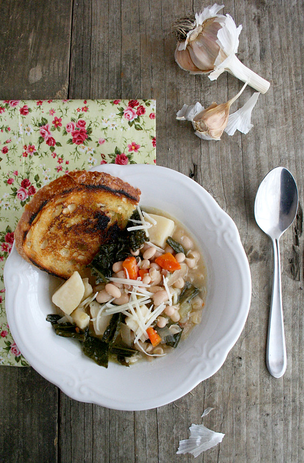 Tuscan Kale and White Bean Soup ... In the Crockpot! | myhumblekitchen.com